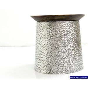 Suriya Piramid Aluminium side table
